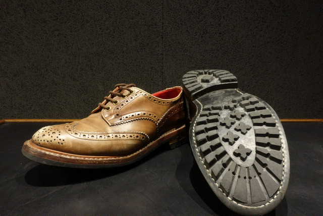 Tricker'sのソール交換 修理 Before